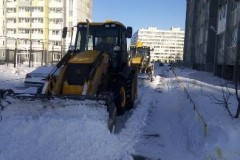 Агалакова-66а-очистка-дворового-проезда-механизированным-способом-2
