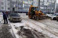 Агалакова-66а-очистка-дворового-проезда-механизированным-способом