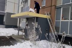 Агалакова-66-с-5по-9-подъезд-очистка-козырьков-вх-группы