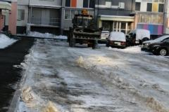 Прохладная-1-очистка-дворового-проезда-механизированным-способом
