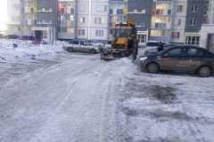 Прохладная-3-очистка-дворового-проезда-механизированным-способом