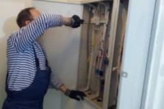 К.Духова-19-протяжка-контактов-в-этажных-электрощитках.